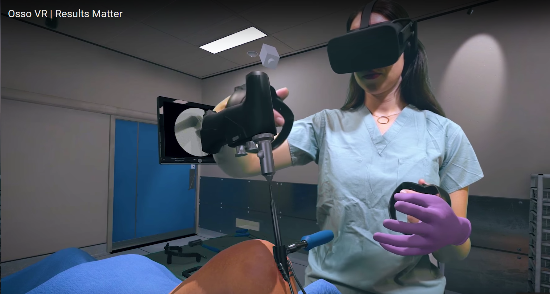 Female medical student training for surgery using virtual reality